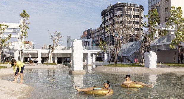 Zruinovaný obchoďák ožil jako kouzelný park, bazén a městská džungle v jednom!