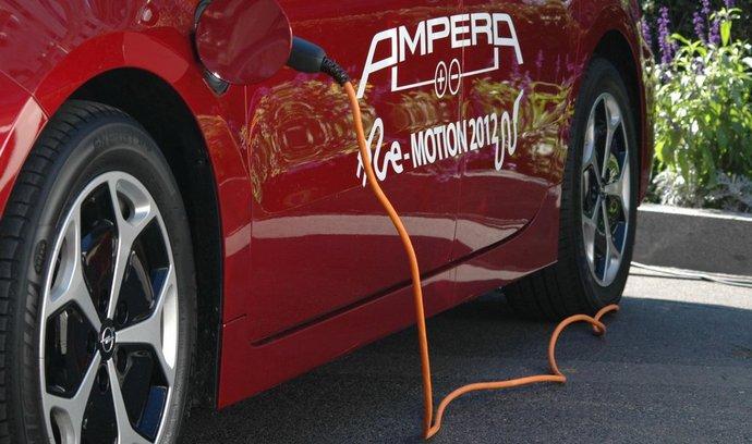 Takzvaný plug-in hybrid Opel Ampera