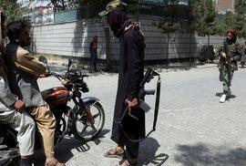 16 přikázání Tálibánu: Budeš nosit plnovous, ženu zavřeš doma, nebudeš poslouchat…