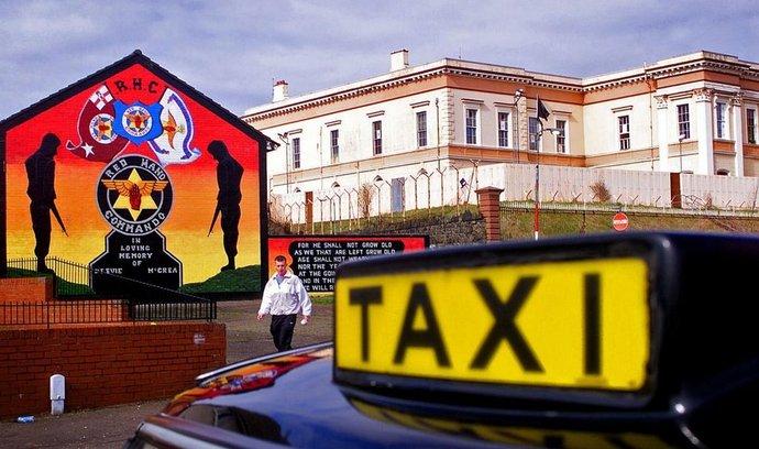 Taxi v severoirském Belfastu