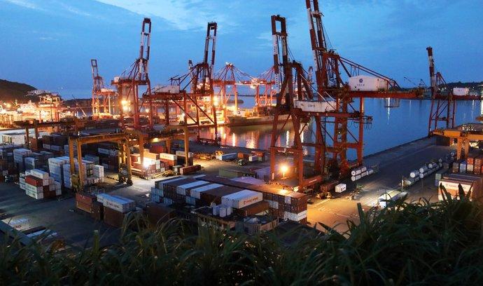Kontejnerový terminál v přístavu Keelung na Tchaj-wanu