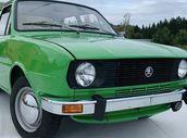 Téměř nová Škoda 105 S se bude dražit v Lysé nad Labem. Má najeto jen 684 km!