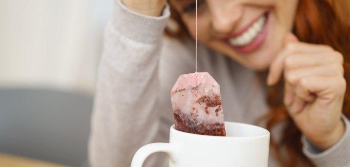 8 vychytaných způsobů, jak využít použité čajové sáčky