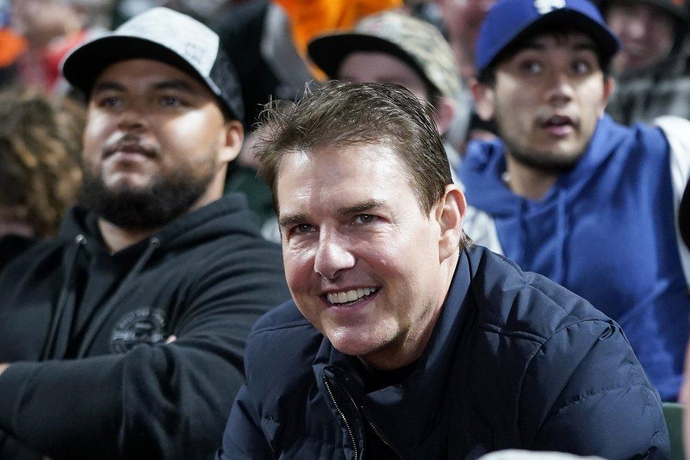 Oteklý Tom Cruise