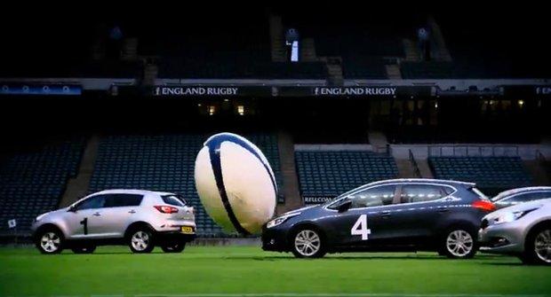 Auta z Top Gear hrají rugby