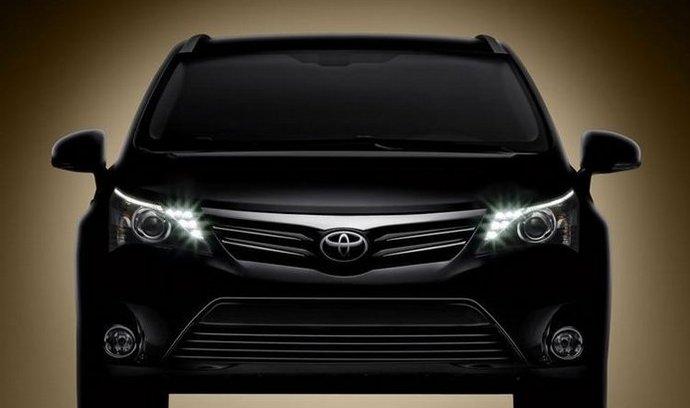 Toyota Avensis: takto by měla vypadat v modelovém roce 2012