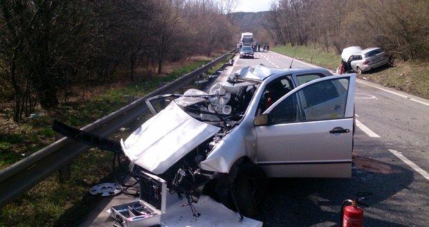 Tragická nehoda se stala 4. dubna 2015 krátce před polednem na silnici I/50 mezi Bučovicemi a Nesovicemi.