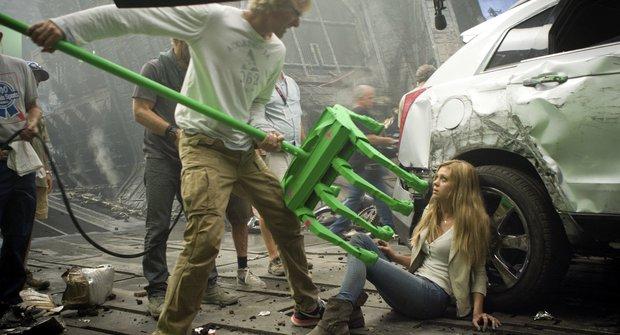 10 NEJ fotek ze zákulisí filmu Transformers: Zánik