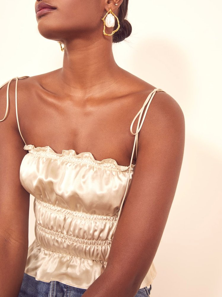 Top, Reformation, 128 $, www.thereformation.com