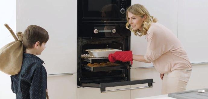 11 funkcí chytré trouby pro ještě chytřejší kuchyni