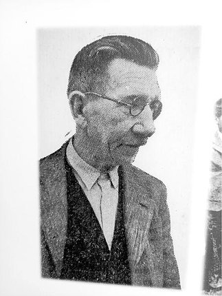 Otec zakladatel, Jaroslav Úředníček.