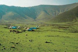 Nomádi pod Araratem aneb Těžký život kurdských pastevců ve stínu nejvyšší hory Turecka