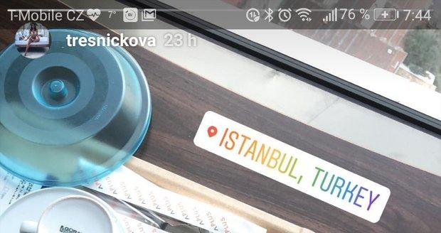 Týnuš Třešničková poslala vzkaz z nemocnice, kde už stojí na vlastních nohou.