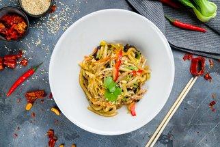 Udon: Recept na asijské nudle jako z bistra, které připravíte do 20 minut