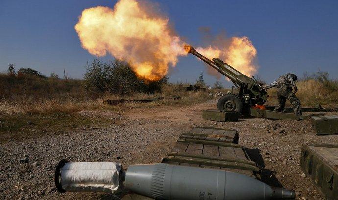 Ukrajinští povstalci ostřelují pozice armády
