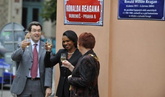 Ulice Ronalda Reagana