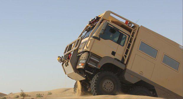 Extrémní obytný vůz: Může jezdit pro armádu
