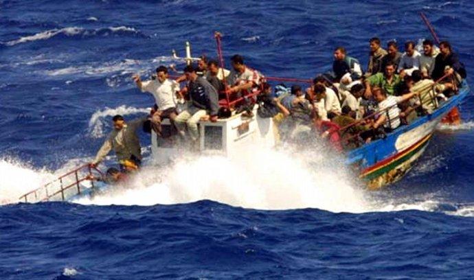 Uprchlíci na lodi (ilustrační foto)