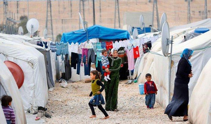 uprchlický tábor (reuters)
