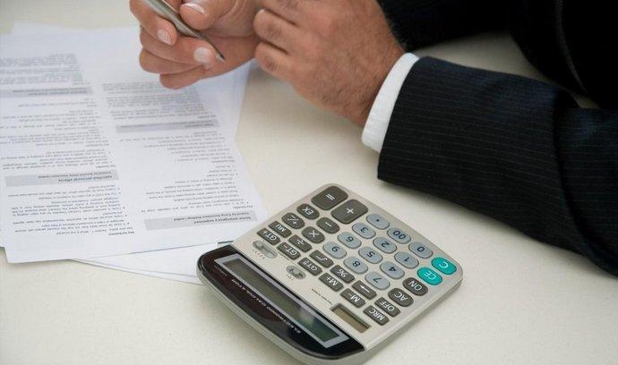 úvěrové smlouvy, ilustrační foto
