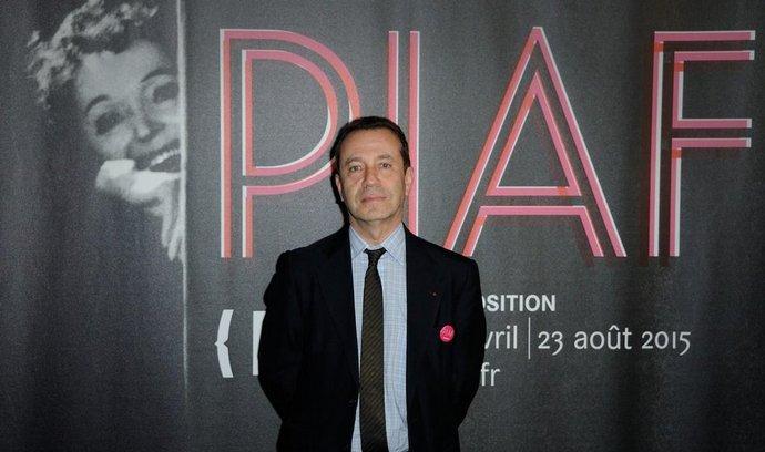 V Paříži tento týden začala výstava k letošnímu 100. výročí narození francouzské šansoniérky Edith Piaf.