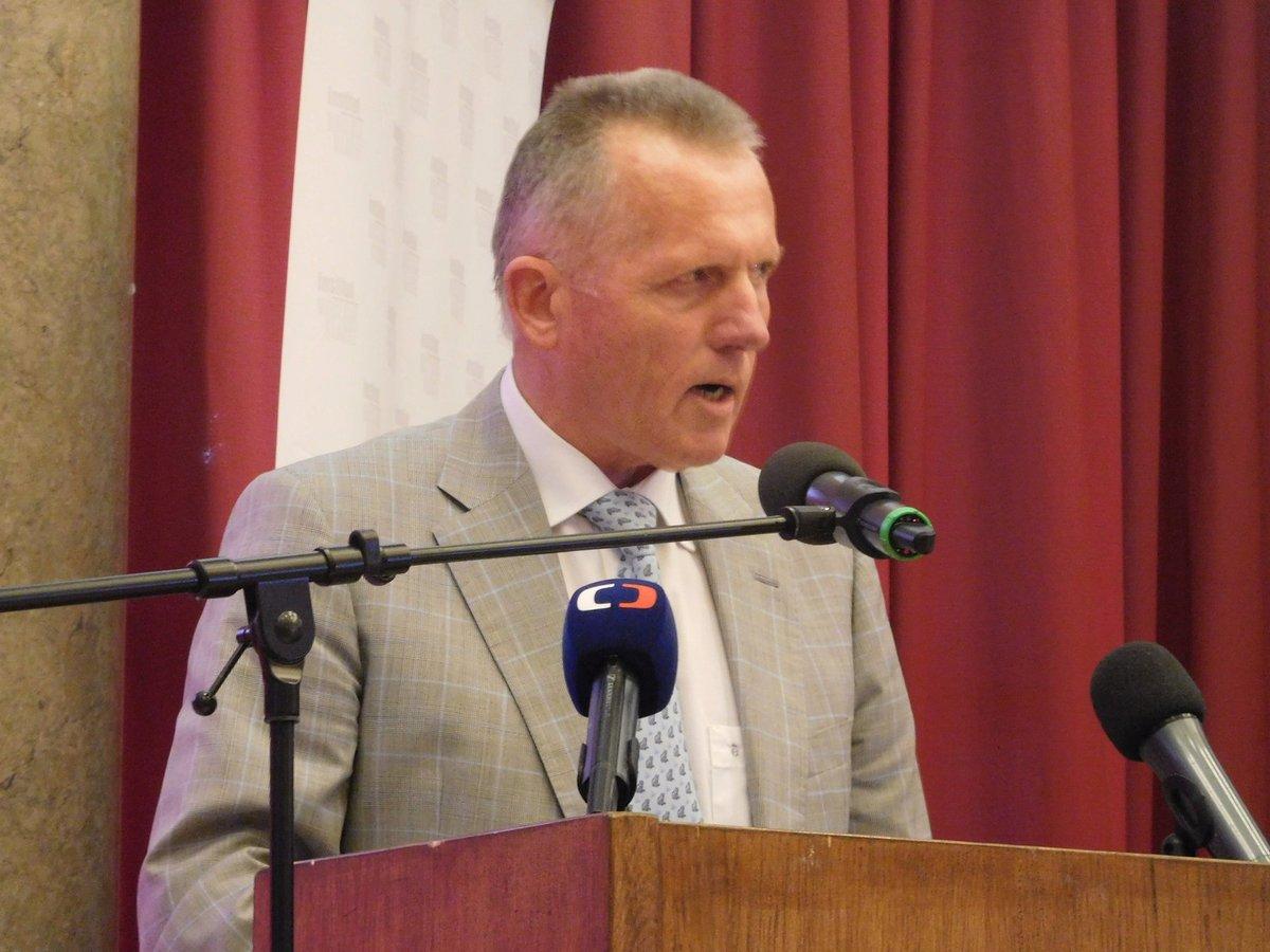 Miroslav Macek na semináři k 25. výročí od založení ODS