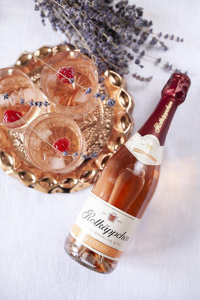 Šumivé víno, Rotkäppchen Sekt Rosé Sec, 169 Kč