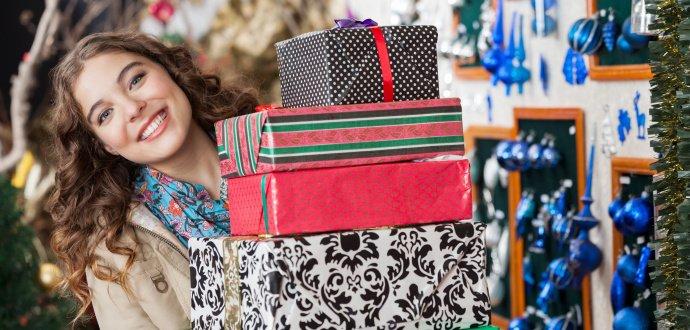 Kolik Češi utratí za vánoční dárky a co nejčastěji kupují?