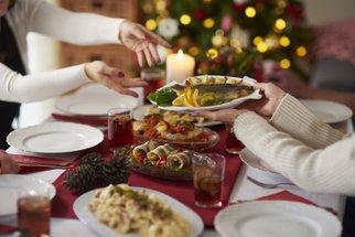 Co nesmí chybět na vánočním stole: Cukroví, ozdoby ani větvičky