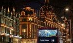 Britům a Američanům hrozí skromné Vánoce. Chybět mohou hračky, stromky i krocani