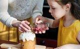 Pusťte děti do kuchyně: proč vařit s dětmi a kterým receptem začít