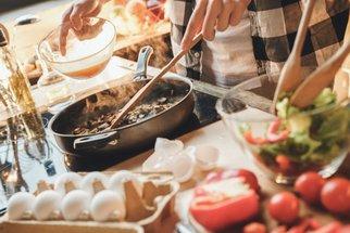 Gastronomické trendy roku 2021: Domácí fine dining, brunch a šéfkuchař do domu