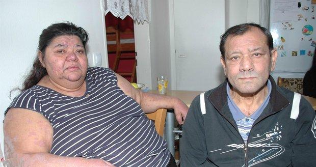 Věra Bílá (58) se svým nemocným manželem Františkem (58).