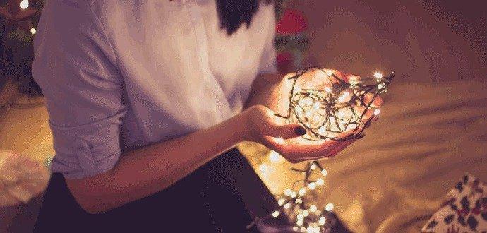 Vykúzlite vianočnú atmosféru pomocou svetelnej reťaze