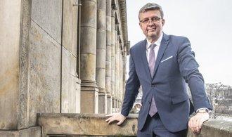 El próximo ministro de Transporte debe eliminar el dinero y mantener el ritmo de la construcción, dice Havlíček.