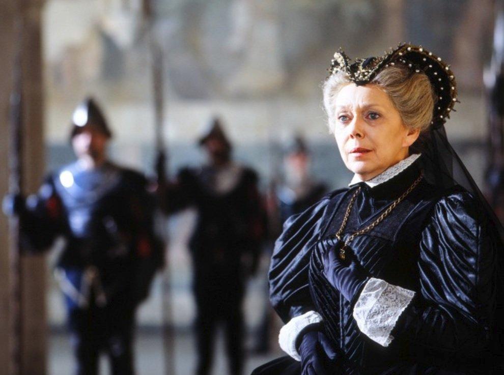 Marie Stuartovna, 1988