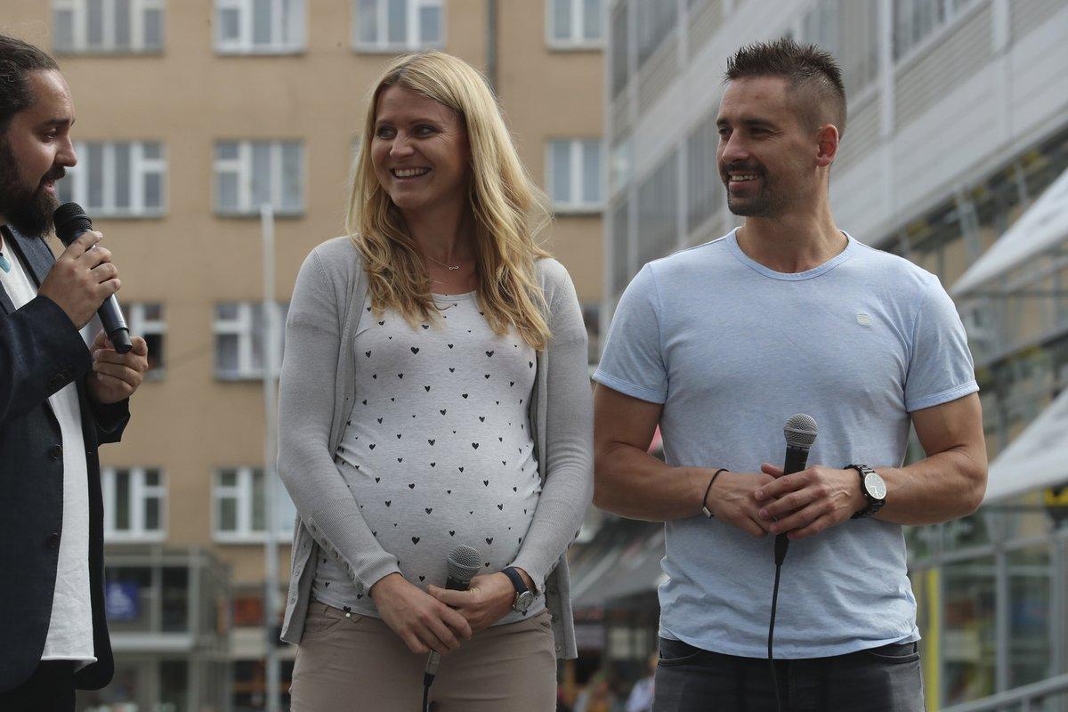 Lucie Šafářová a Tomáš Plekanec se chystají na miminko