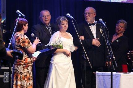 Jan Nedvěd s bratrem a ženou