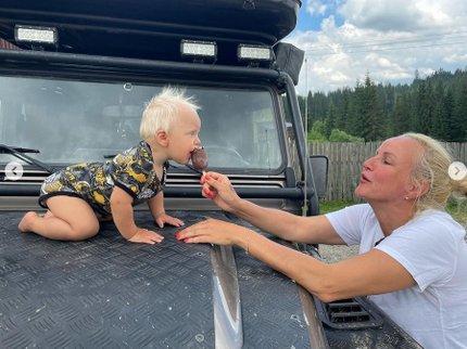 Vendula Pizingerová se synem