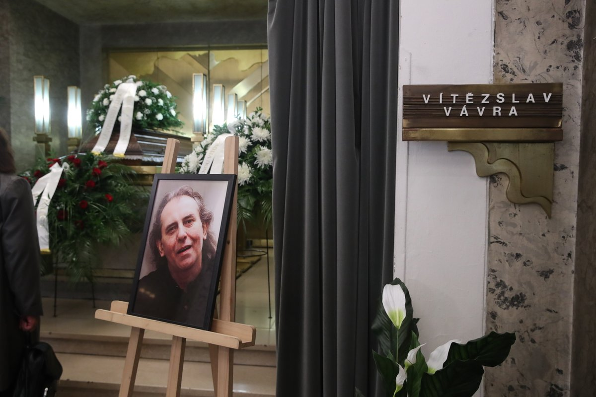 Víťa Vávra zemřel 1. července na rakovinu plic. Bylo mu 68 let