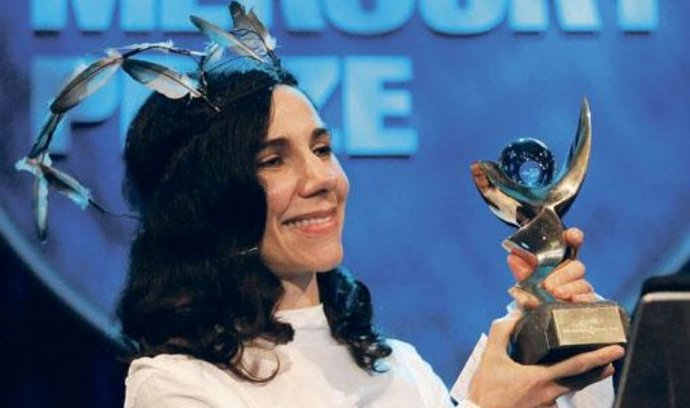 Vítězka. PJ Harvey se stala prvním umělcem, který získal Mercury Prize podruhé
