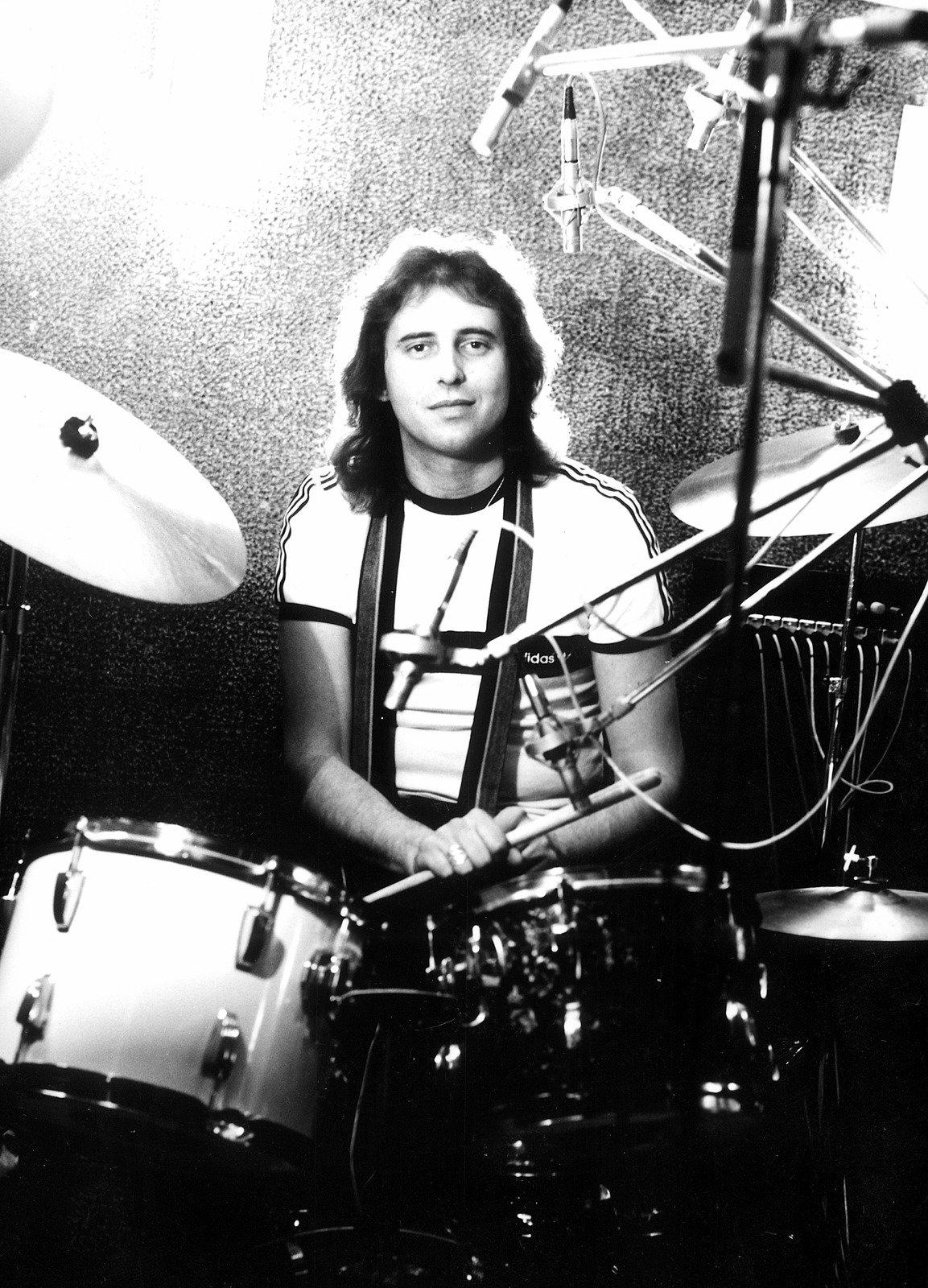Zemřel hudebník a exmanžel Věry Špinarové Vítězslav Vávra.