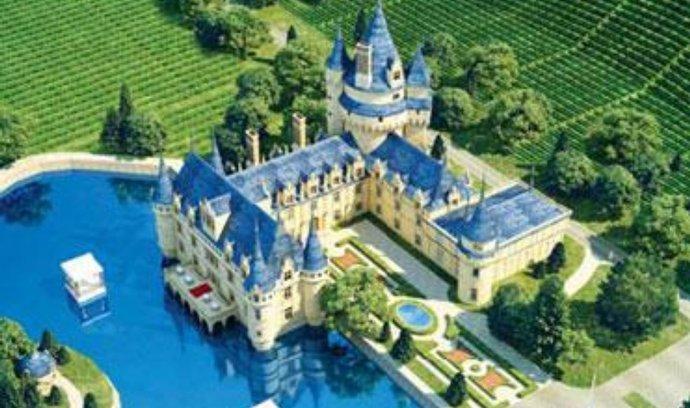 Vizualizace čínského vinařského zámku