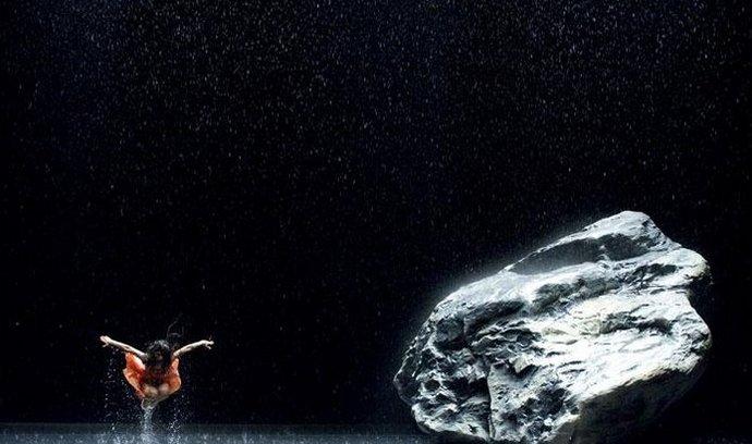 Vizuálně působivé. Snímek Pina nabídne především spoustu atraktivních tanečních výstupů, které jsou poctou zesnulé Pině Bauschové