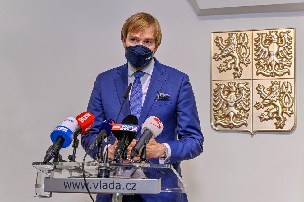 Vládní tiskovka k energiím a koronavirovým opatřením: Ministr zdravotnictví Adam Vojtěch (za ANO) (20.10.2021)
