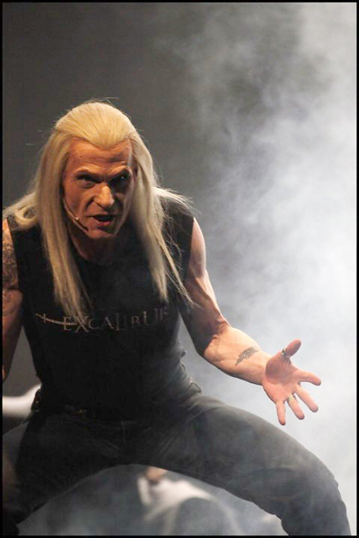 Vladimír Marek (†69) v muzikálu Excalibur coby Merlin.