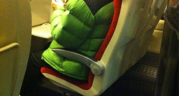 Návod: Zabav se ve vlaku a pobav okolí jako boss