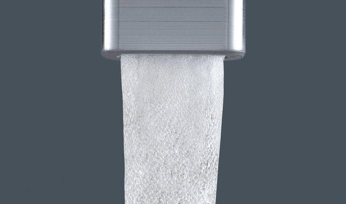 Vodovodní baterie s perlátorem dokáže vodu provzdušnit a tím snížit její spotřebu.