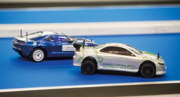 Vodíková autíčka H2AC: Závodění s nečekanou energií