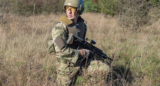 Voják budoucnosti: Bojová móda roku 2025?